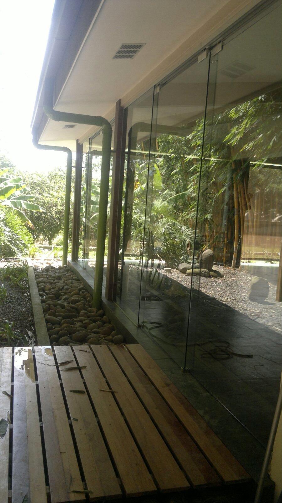 Suministro e instalación vidrio